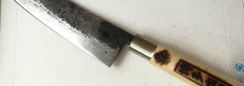 【博多出刃】魚専用バスタードソードを鋳造する唯一の鍛冶屋にお邪魔してきた